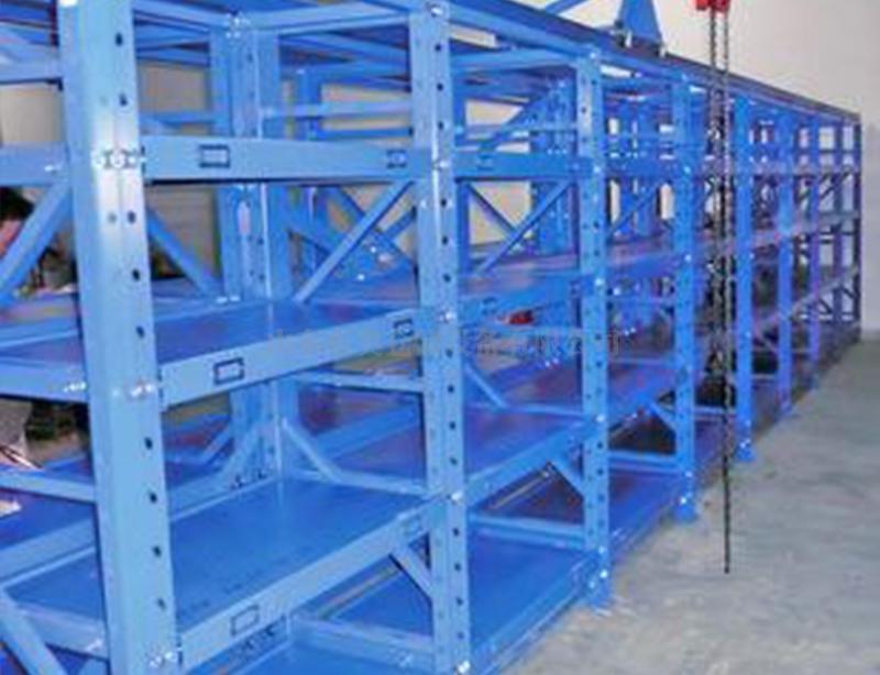 堆垛式三立柱货架